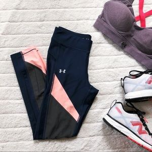 UNDER ARMOUR heatgear workout leggings - size S